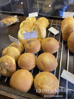 Foto 1 - Makanan di Bungsu Bakery oleh Jessenia Jauw