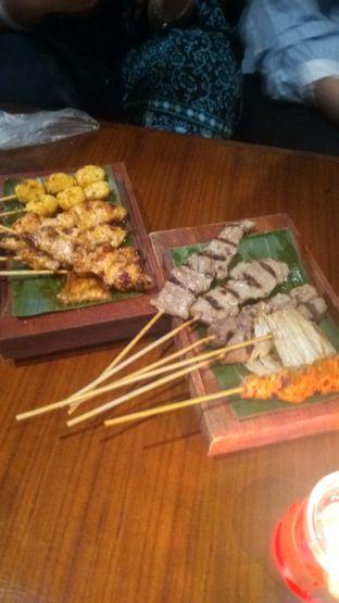 Foto 8 - Makanan di Holywings oleh Renodaneswara @caesarinodswr
