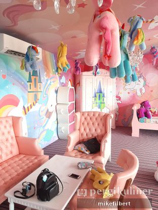Foto 5 - Interior di Miss Unicorn oleh MiloFooDiary | @milofoodiary