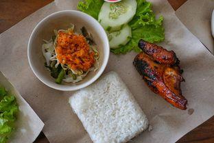 Foto 6 - Makanan di Ayam Kremes Bu Tjondro oleh yudistira ishak abrar