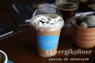 Foto 3 - Makanan(Frozen Hot Chocolate) di Djournal Coffee oleh Yussaq & Ilatnya