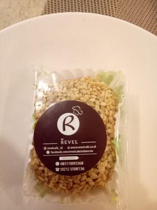 Foto 3 - Makanan di Revel Cafe oleh @duorakuss