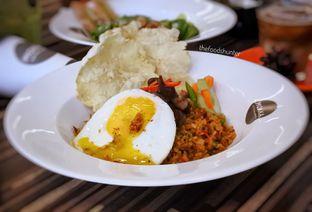 Foto 2 - Makanan(Oxtail fried rice) di Mokka Coffee Cabana oleh The foodshunter