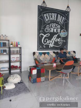 Foto 3 - Interior di Kopi Aah oleh Stella @stellaoctavius