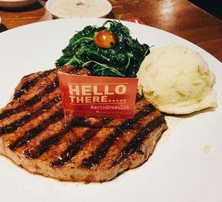 Foto - Makanan di Steak Hotel by Holycow! oleh Indra Mulia