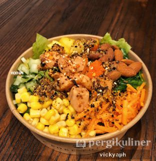 Foto - Makanan(Trim and Slim) di Poke Theory oleh Vicky @vickyaph