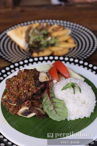 Foto 3 - Makanan di Scenic 180° (Restaurant, Bar & Lounge) oleh Vera Jauw