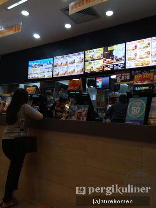Foto 6 - Interior di Burger King oleh Jajan Rekomen