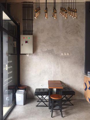 Foto 8 - Interior di tempatbercakapkopi by Foresthree oleh yudistira ishak abrar