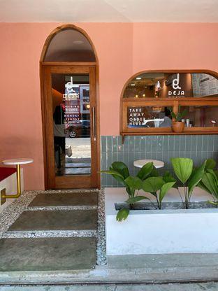 Foto 8 - Interior di Deja Coffee & Pastry oleh Jeljel