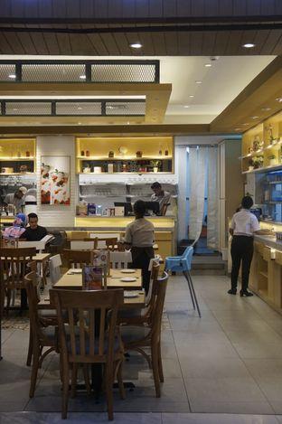 Foto 14 - Interior di Imperial Kitchen & Dimsum oleh yudistira ishak abrar