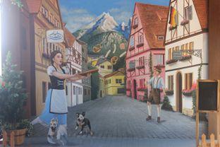 Foto 22 - Interior di Bavarian Haus Bratwurst & Grill oleh yudistira ishak abrar