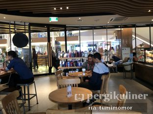 Foto 2 - Interior di Starbucks Coffee oleh Ria Tumimomor IG: @riamrt