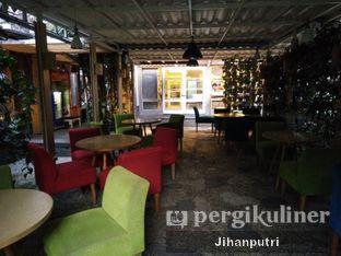 Foto 4 - Interior di Cafe Halaman oleh Jihan Rahayu Putri