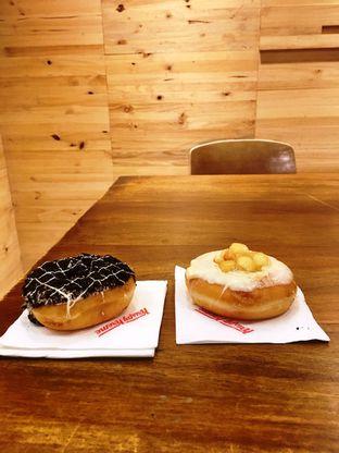 Foto 24 - Makanan di Krispy Kreme Cafe oleh Prido ZH