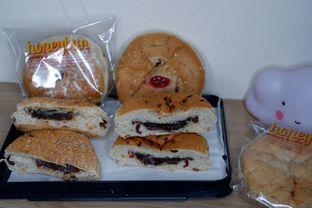 Foto 1 - Makanan di Honeybun Bakery & Cake oleh Deasy Lim