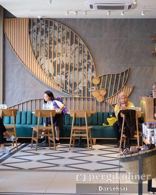 Foto 6 - Interior di Starbucks Reserve oleh Darsehsri Handayani