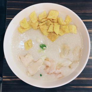 Foto 11 - Makanan(Bubur Tiga Rasa ala Ta Wan) di Ta Wan oleh Nindita Larasati