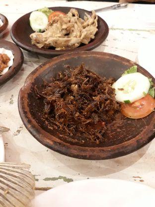 Foto 1 - Makanan(Empal Suwir) di Penyetan Cok oleh Ayu  Esta