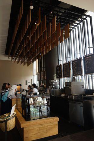 Foto 8 - Interior di Starbucks Coffee oleh yudistira ishak abrar