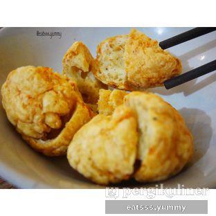 Foto - Makanan(Bakso Goreng) di Bakmie Aloi oleh Yummy Eats
