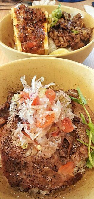 Foto 4 - Makanan(Ox tongue dabu) di Mangkok Ku oleh duocicip