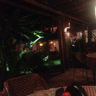 Foto 3 - Interior di Tizi's Cakeshop & Resto oleh Dianty Dwi