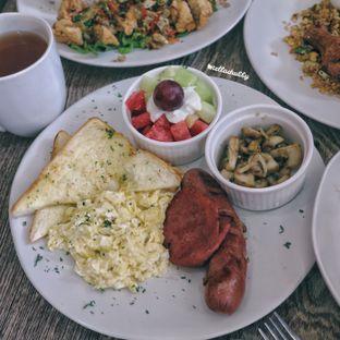 Foto 2 - Makanan(Champion's breakfast) di Belle's Kitchen oleh Stellachubby