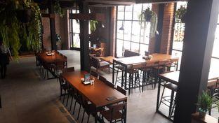 Foto review Collin's oleh Perjalanan Kuliner 6