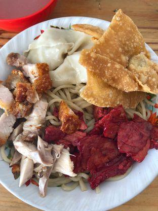 Foto 1 - Makanan di Pangsit Mie Palu oleh Loisa Veronica