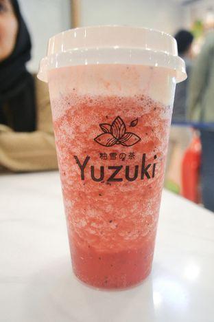 Foto - Makanan di Yuzuki Tea oleh IG: biteorbye (Nisa & Nadya)