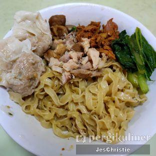 Foto 2 - Makanan(Bakmi Lebar Suikiaw) di Bakmi Gang Kelinci oleh JC Wen