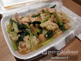 Foto Makanan di Bakmi MR