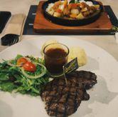 Foto Tenderloin Steak & Chicken Katsu Curry Rice di Justus Steakhouse