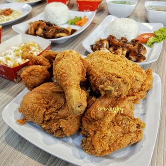 Foto Makanan di Toby's Fried Chicken