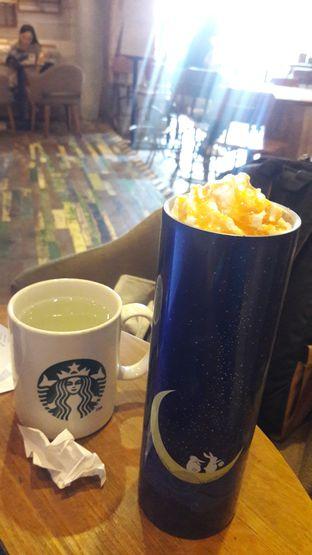 Foto review Starbucks Coffee oleh Dzuhrisyah Achadiah Yuniestiaty 4