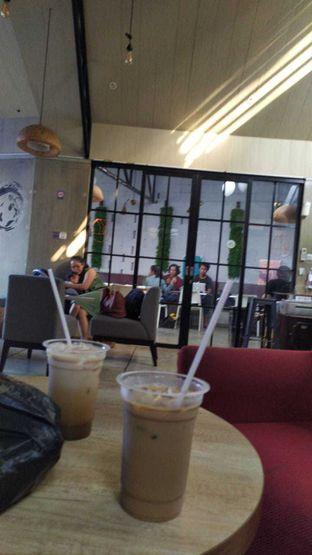 Foto review Roemah Coffee Eatery & Hub oleh yukjalanjajan  10