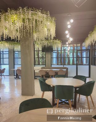 Foto 9 - Interior di Bun King Resto & Coffee oleh Fannie Huang||@fannie599