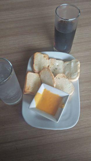 Foto review Pizza Hut oleh Review Dika & Opik (@go2dika) 5