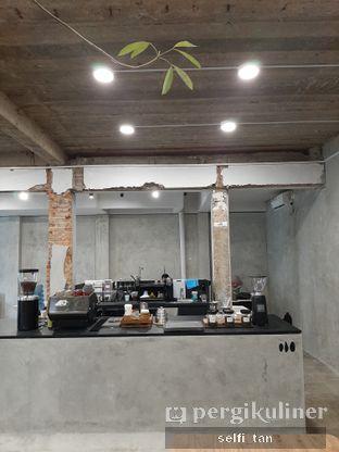 Foto 7 - Interior di Mineral Cafe oleh Selfi Tan