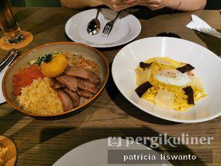 Foto - Makanan(Bebek sambal matah & truffle carbonara) di BAE by Socieaty oleh Patsyy