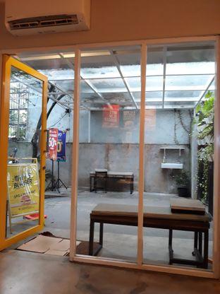 Foto 8 - Interior di Hits Burger oleh Mouthgasm.jkt