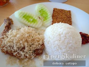 Foto - Makanan di Ayam Tulang Lunak Hayam Wuruk oleh Debora Setopo
