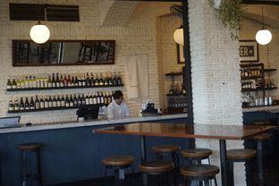 Foto 15 - Interior di The Goods Diner oleh yudistira ishak abrar