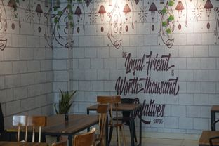 Foto 9 - Interior di The H Cafe oleh Fadhlur Rohman
