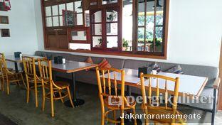 Foto 3 - Interior di Mandaga Canteen oleh Jakartarandomeats