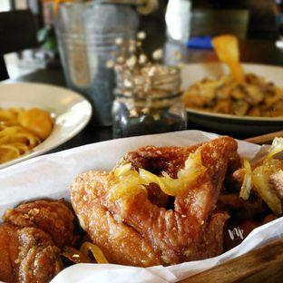 Foto 1 - Makanan(Chicken Wings) di Wild Grass oleh Melissa Olivia