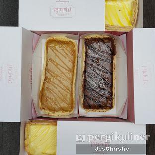 Foto 2 - Makanan(Lemon, Chocolate, Caramel, Cheese) di Bandung Makuta oleh JC Wen