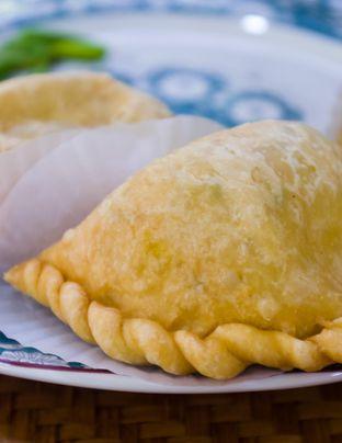 Foto 3 - Makanan(Pastel Ajam) di Bistik Delaris oleh Atika Sumarsono
