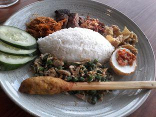 Foto 2 - Makanan di Sate Khas Senayan oleh Review Dika & Opik (@go2dika)